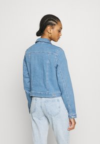 Vero Moda - VMULRIKKA JACKET MIX  - Denim jacket - light blue denim - 2