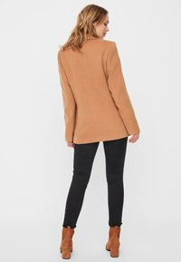 Vero Moda - Blazer - tobacco brown - 2