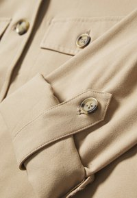 Vero Moda - VMOFELIA JACKET - Summer jacket - beige - 3