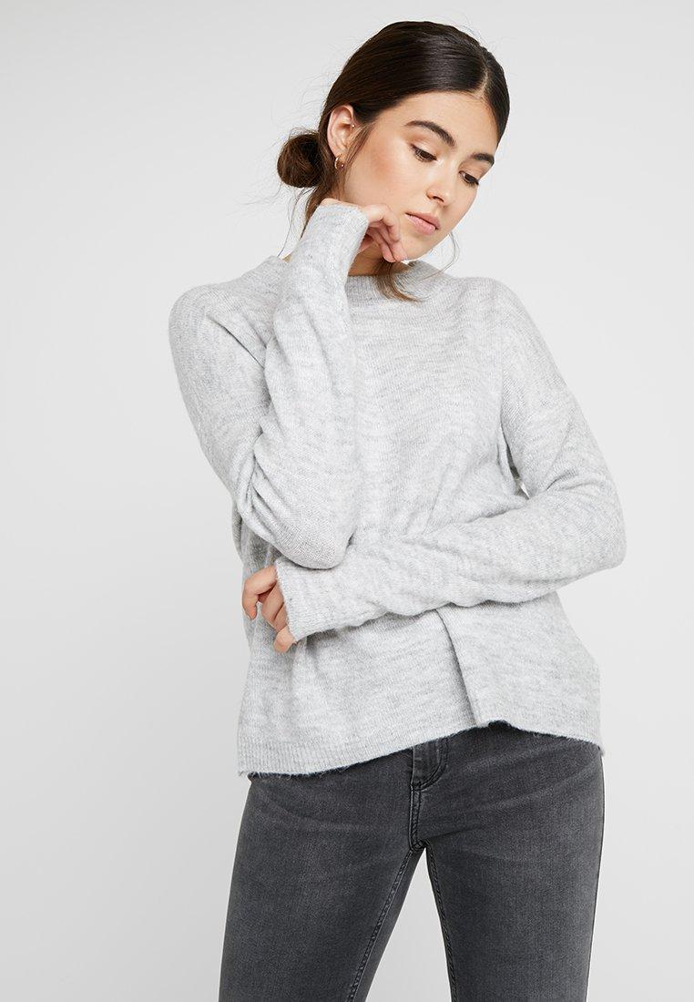 Vero Moda - VMRANA O NECK - Strickpullover - light grey melange