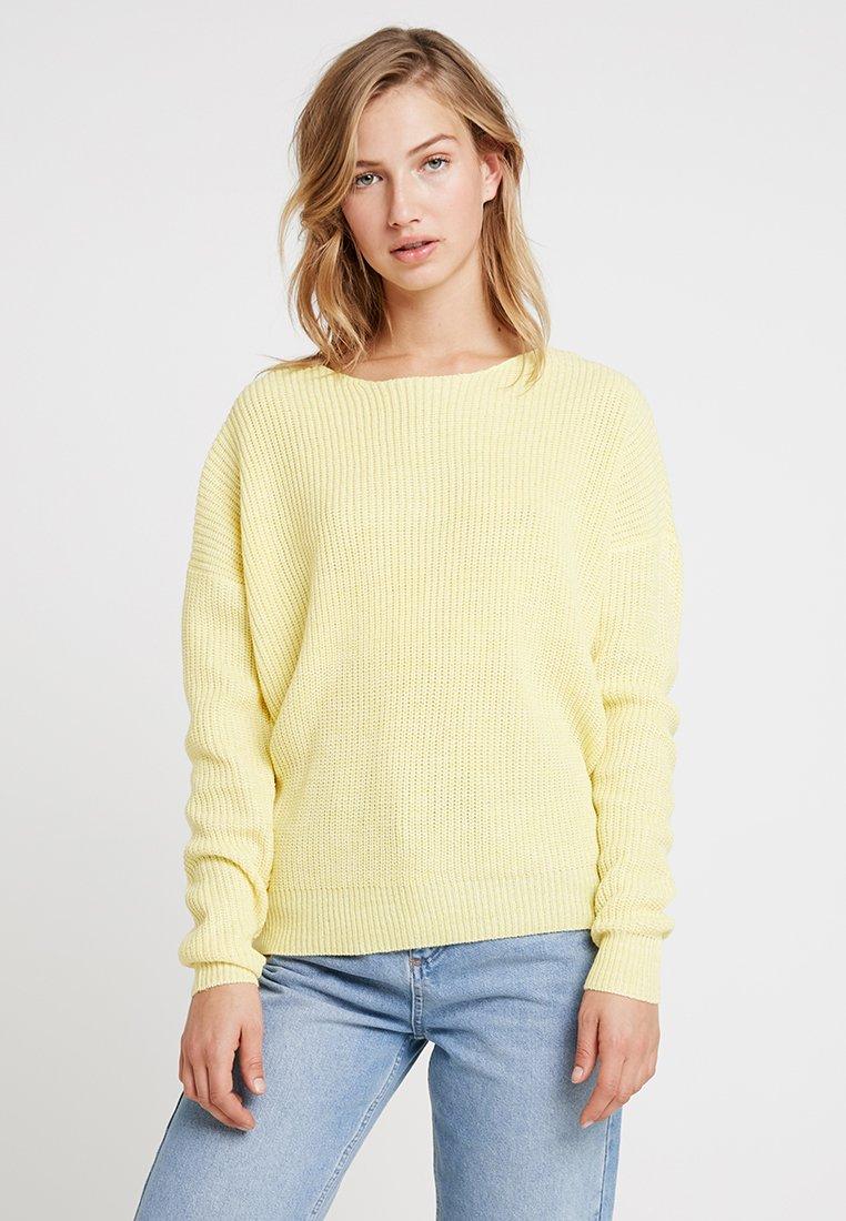 Vero Moda - VMTIDA BACKSTRING - Strickpullover - yarrow mellow yellow