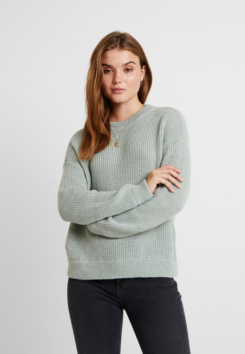 Vero Moda - VMIMAGINE LS O-NECK - Stickad tröja - jadeite