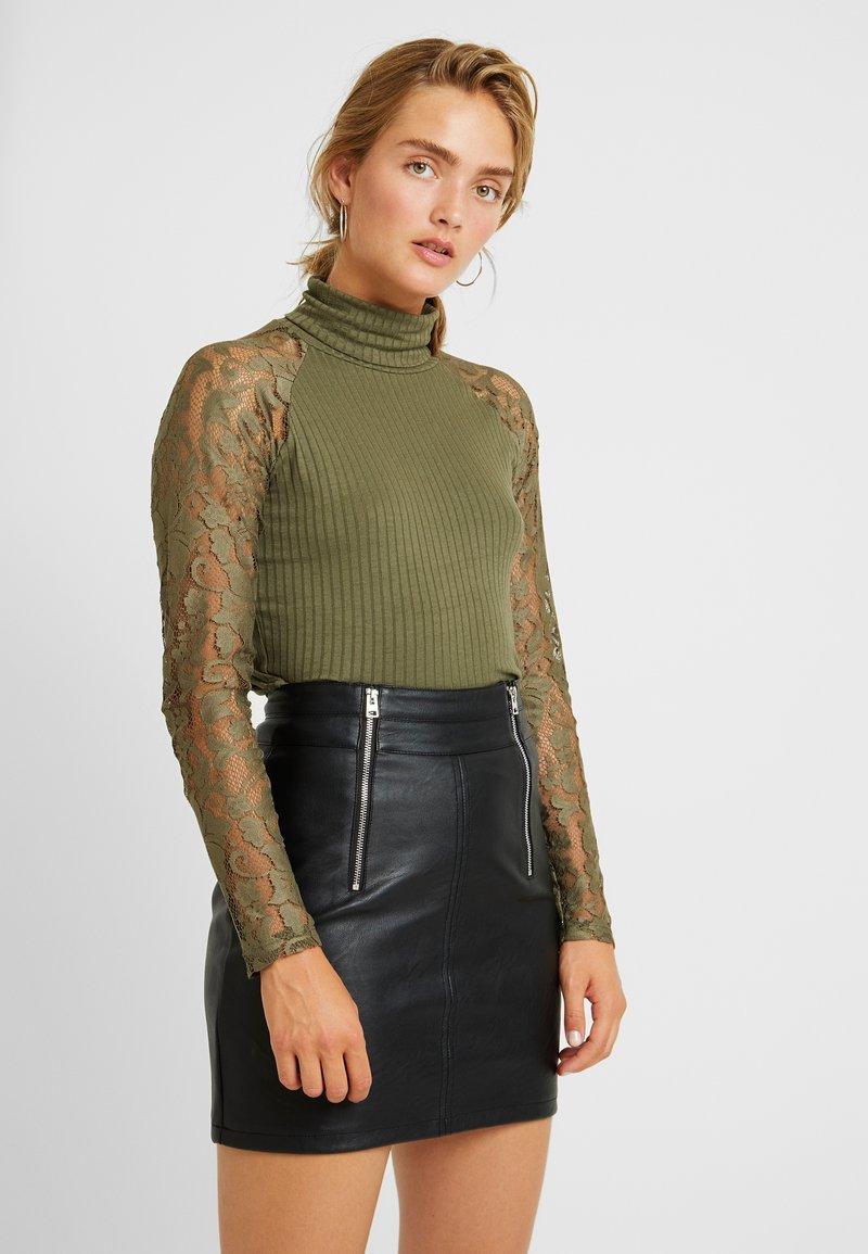 Vero Moda - VMBRIANNA ROLL NECK - Jumper - ivy green