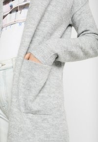 Vero Moda - VMLUCI OPEN CARDIGAN - Kofta - light grey melange - 5