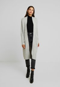Vero Moda - VMCORA LONG OPEN CARDIGAN - Kardigan - light grey melange - 0