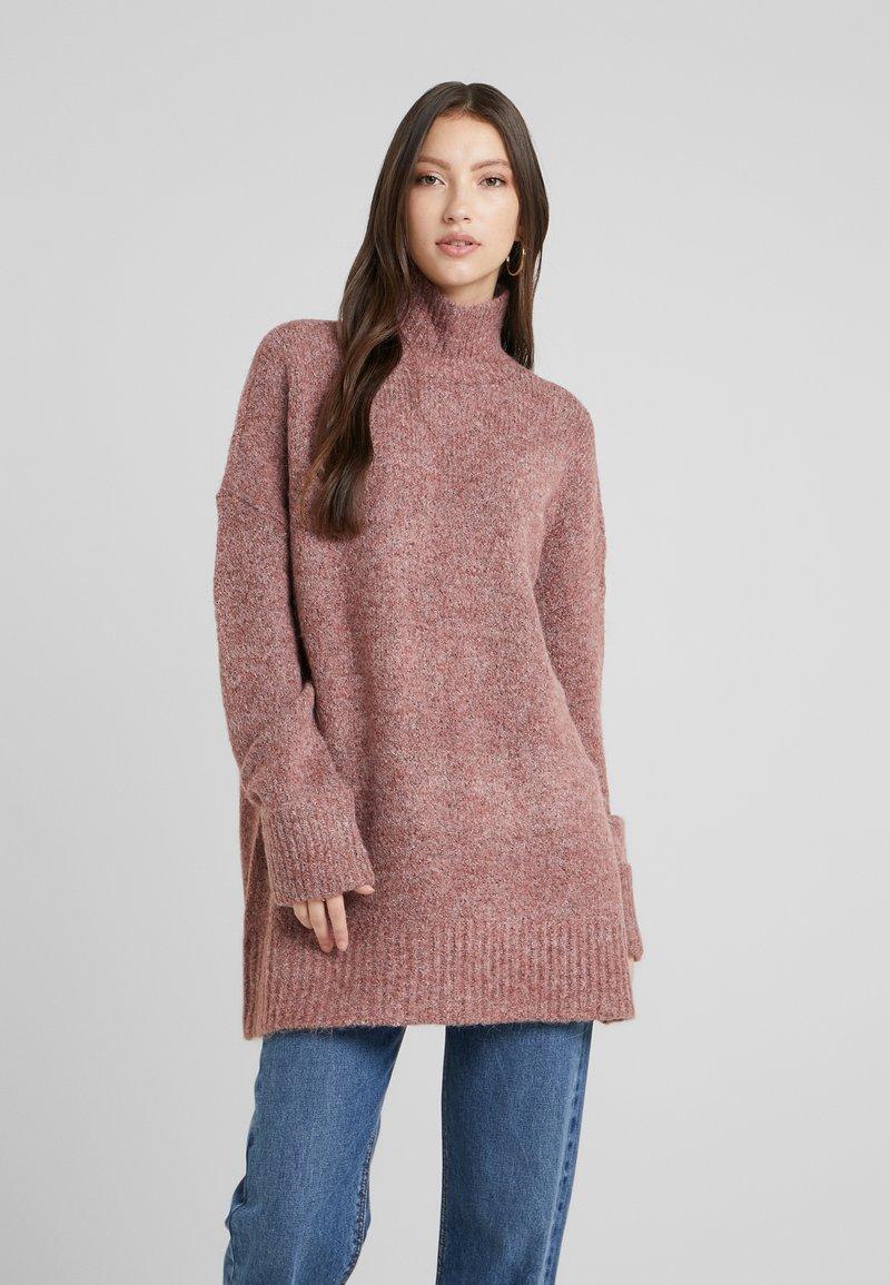 Vero Moda - Stickad tröja - madder brown/melange