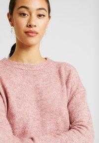 Vero Moda - Svetr - mesa rose/melange - 5