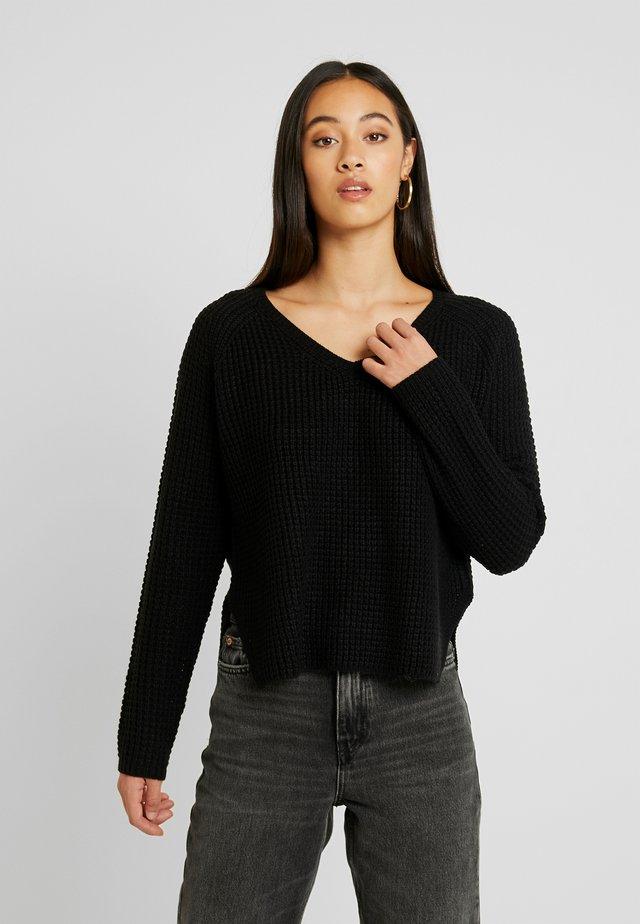 VMLEANNA V-NECK - Pullover - black