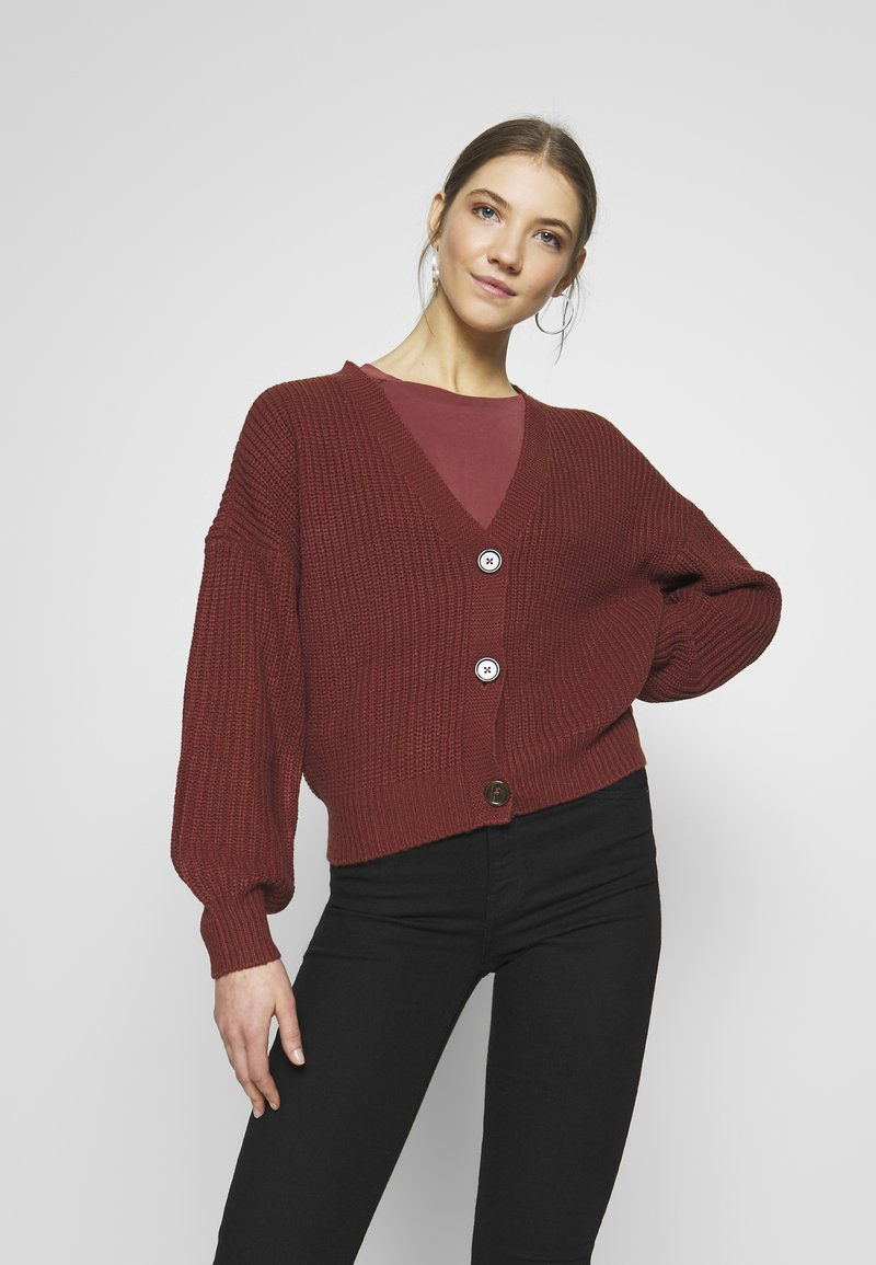 Vero Moda - VMLEA V-NECK  - Strickjacke - sable