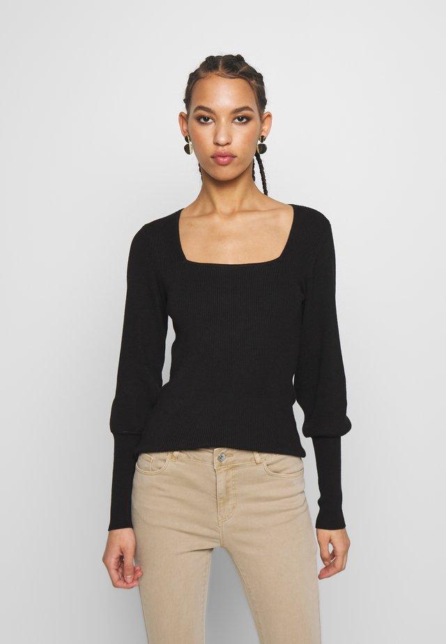 VMYAZURI SQUARE NECK  - Jersey de punto - black
