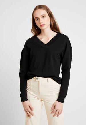 VMCESINA V NECK  - Sweatshirt - black