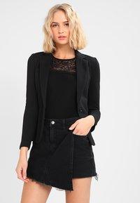Vero Moda - VMJULIA - Blazere - black - 0