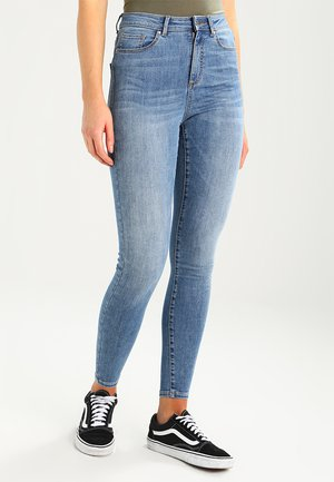 VMSOPHIA SKINNY  - Jeansy Skinny Fit - light blue denim