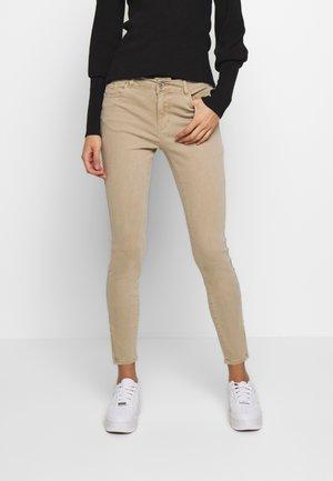 SEVEN SHAPE  - Jeans Skinny Fit - silver mink