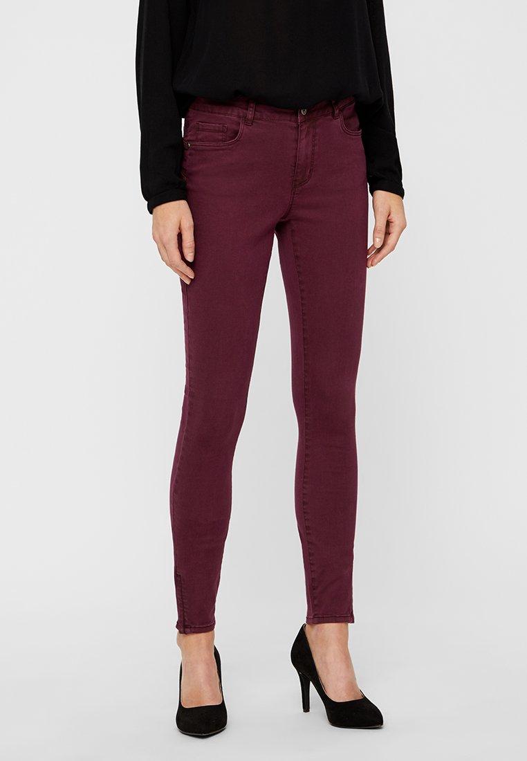 Vero Moda - SEVEN SHAPE  - Jeans Skinny Fit - winetasting