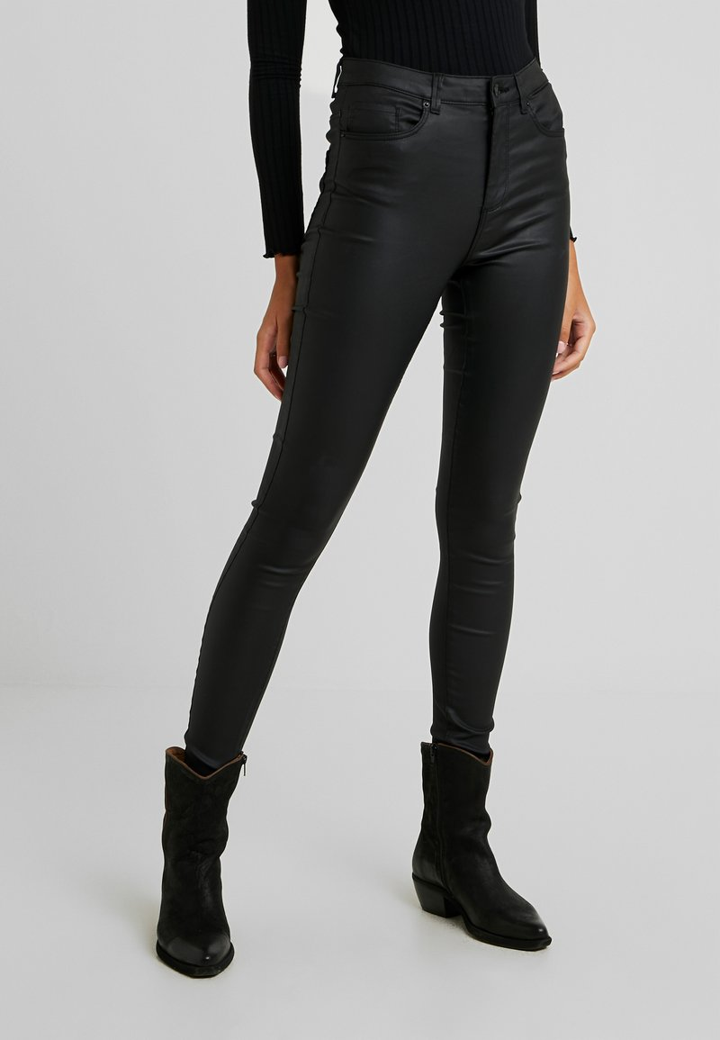 Vero Moda - VMSOPHIA COATED PANTS - Trousers - black