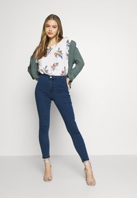 Vero Moda - VMJOY MIX - Skinny džíny - medium blue denim - 1