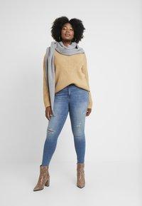 Vero Moda - Jeans Skinny Fit - medium blue denim - 1