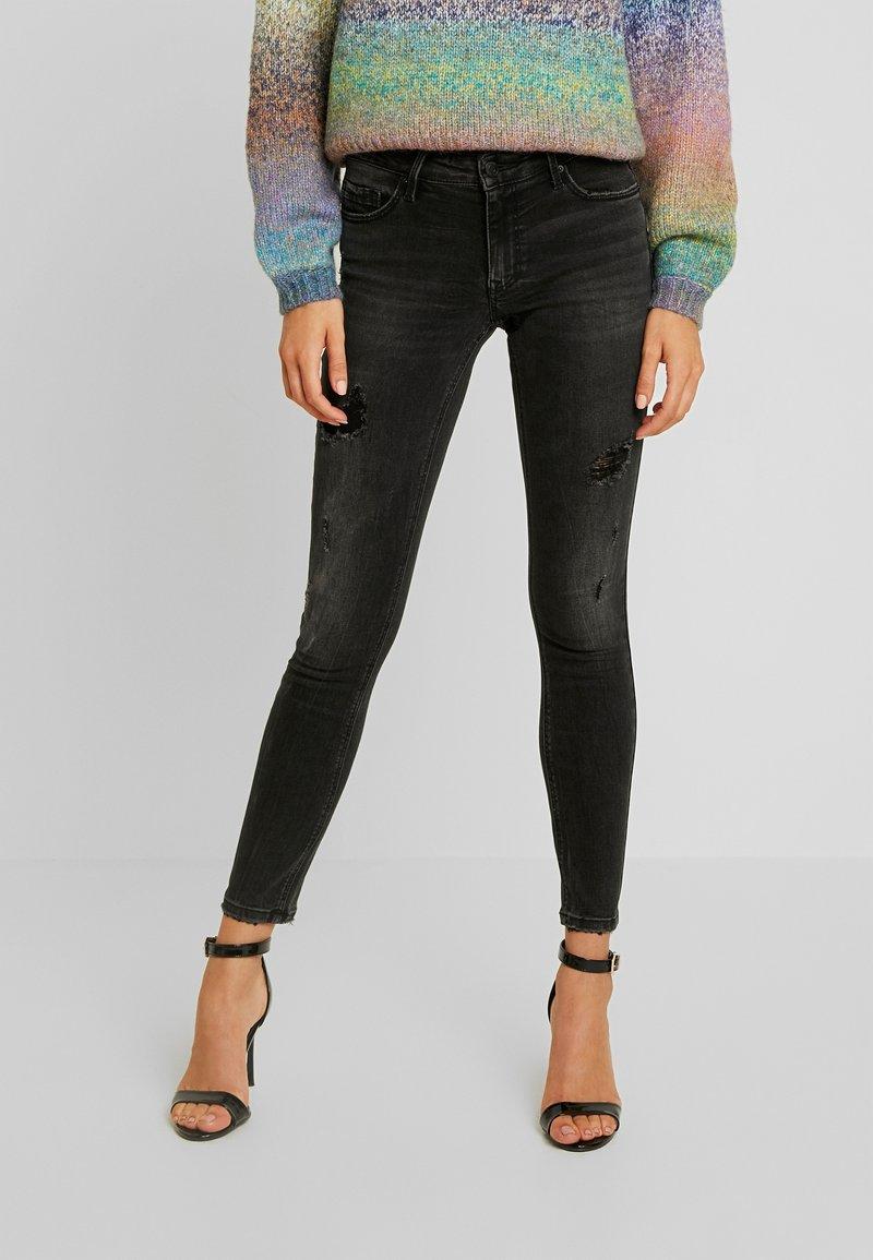 Vero Moda - LYDIA SKINNY - Jeans Skinny Fit - black