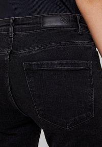 Vero Moda - VMSEVEN SLIM - Skinny džíny - black - 3