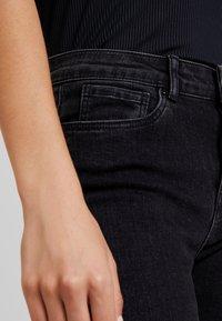 Vero Moda - VMSEVEN SLIM - Skinny džíny - black - 5