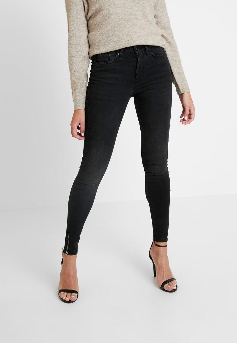Vero Moda - Jeans Skinny Fit - black