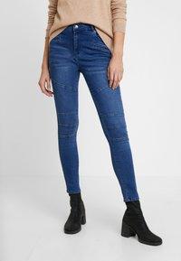 Vero Moda - VMSOPHIA BIKER PANT - Jeansy Skinny Fit - dark blue denim - 0