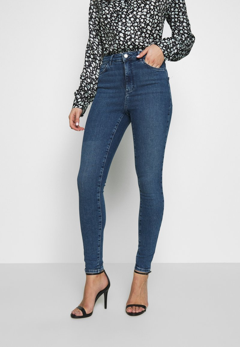 Vero Moda - VMSOPHIA - Jeans Skinny Fit - medium blue denim