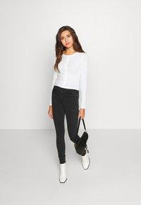 Vero Moda - VMSOPHIA - Jeans Skinny Fit - black - 1