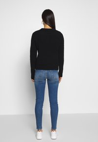 Vero Moda - VMSOPHIA - Jeans Skinny Fit - medium blue denim - 2