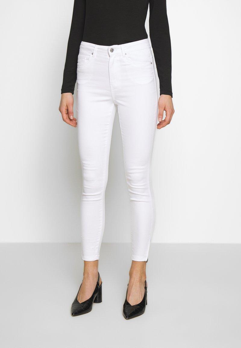 Vero Moda - VMSOPHIA ZIP - Jeans Skinny Fit - bright white