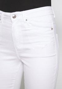 Vero Moda - VMSOPHIA ZIP - Jeans Skinny Fit - bright white - 5