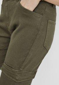 Vero Moda - Slim fit jeans - ivy green - 3
