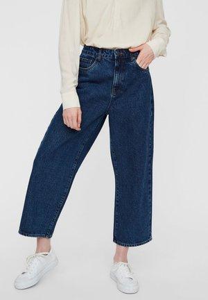 VMKATHY  - Relaxed fit jeans - medium blue denim
