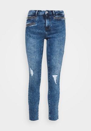VMSEVEN ZIP  - Jeans Skinny Fit - medium blue denim