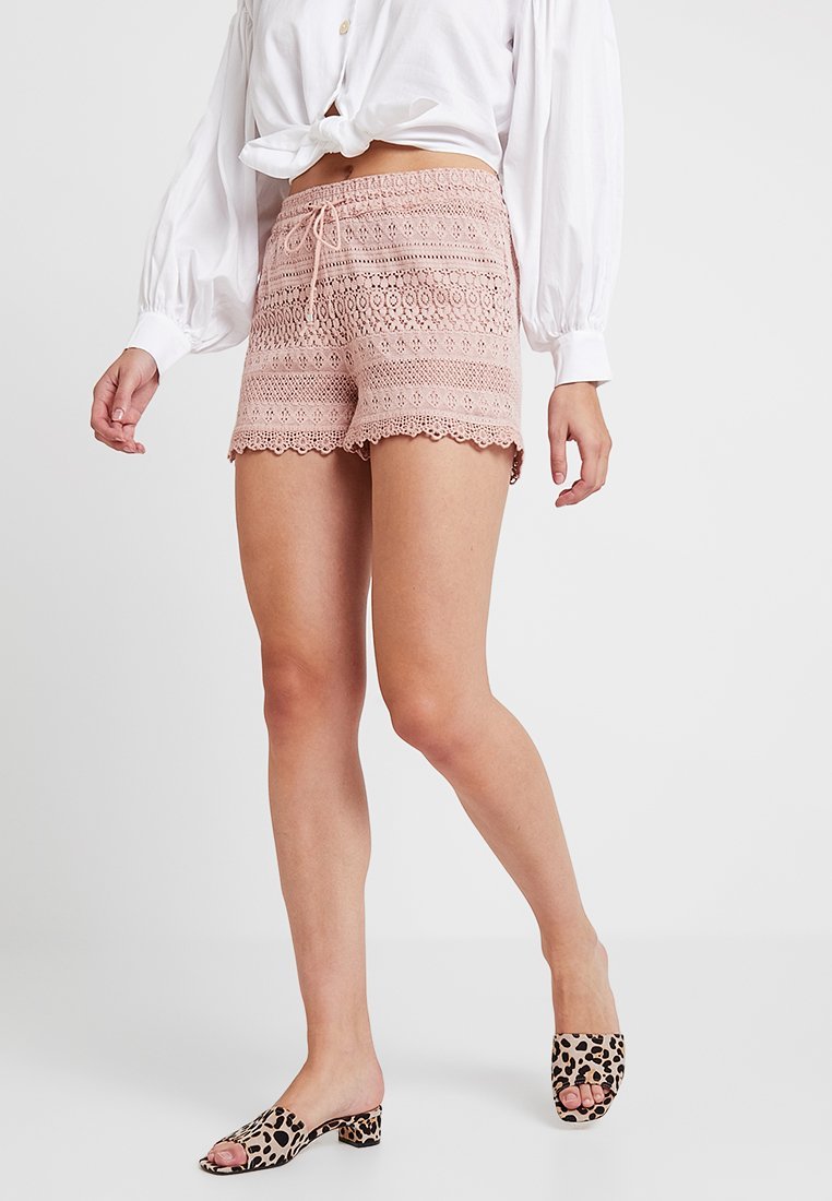 Vero Moda - VMHONEY - Shorts - misty rose