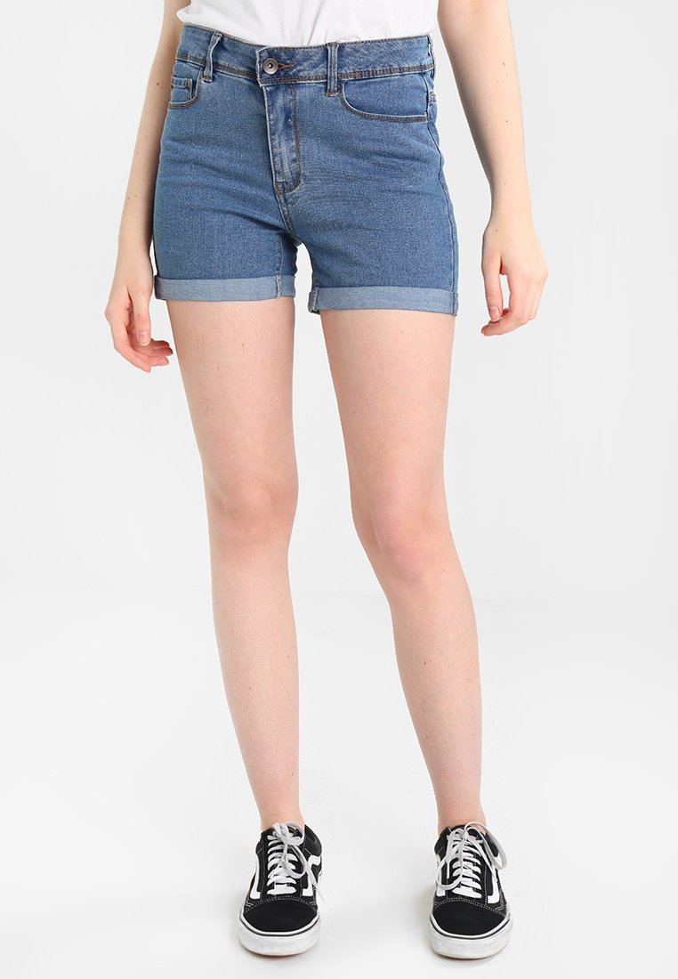 Vero Moda - VMHOT  - Denim shorts - medium blue denim