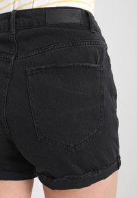 Vero Moda - Jeansshorts - black - 5