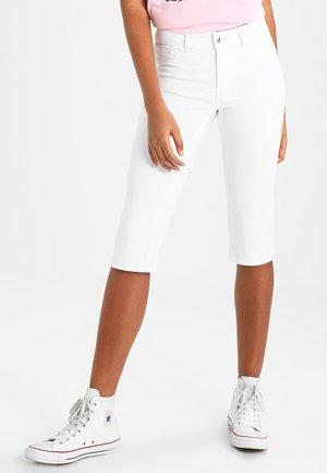 VMHOT SEVEN SLIT KNICKER MIX - Jeans Short / cowboy shorts - bright white
