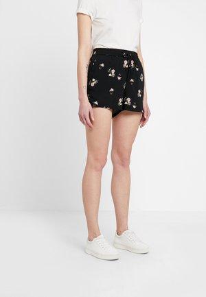 VMSIMPLY EASY - Shorts - black
