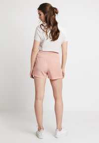 Vero Moda - VMMIA LOOSE SUMMER - Shorts - misty rose - 2