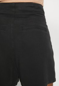 Vero Moda - VMMIA LOOSE SUMMER - Shorts - black - 5