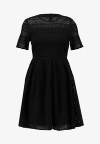 Vero Moda - VMHONEY PLEATED DRESS - Vestido informal - black - 6