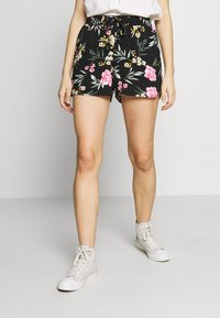 Vero Moda - VMSIMPLY EASY - Shortsit - black/elva - 0