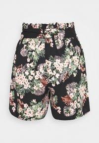 Vero Moda - VMSIMPLY EASY LONG - Shorts - black - 1