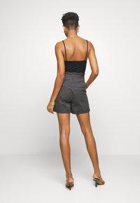 Vero Moda - VMEVA PAPERBAG  - Shorts - phantom - 2