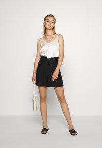 Vero Moda - VMPAIGE  - Shorts - black - 1