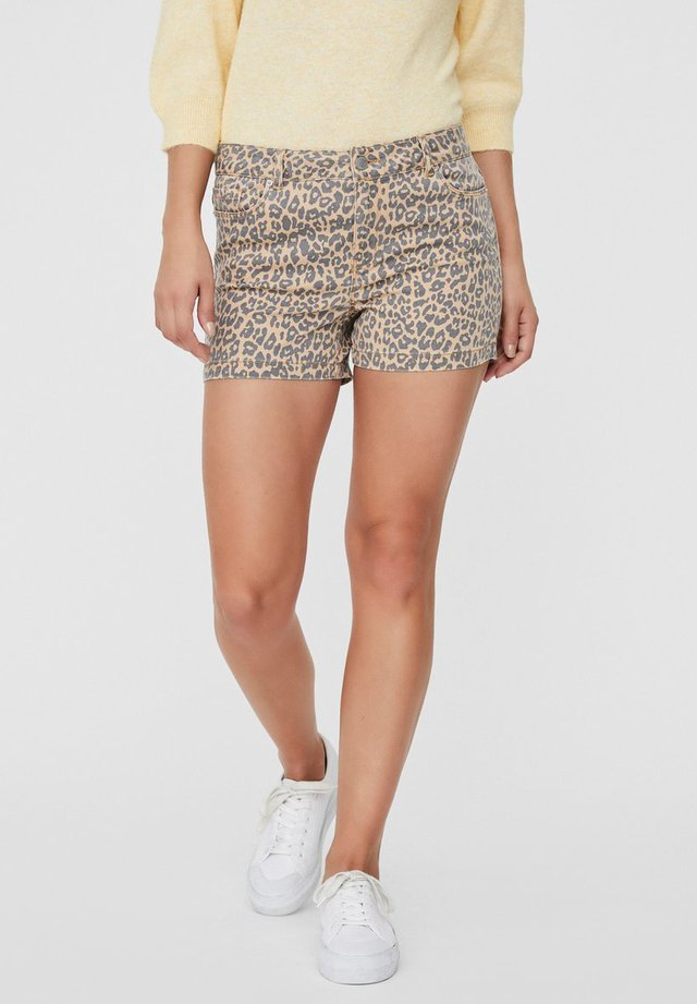 Shorts - amber gold