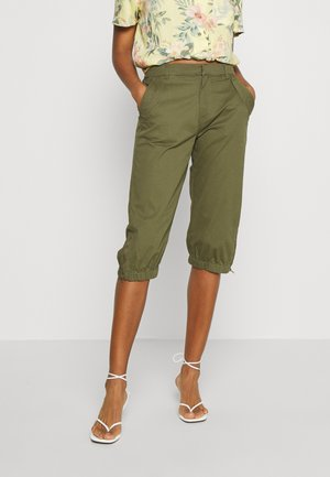VMKHLOE POCKET ZIP KNICKERS - Shorts - ivy green