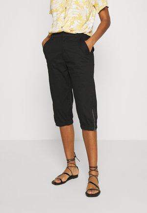 VMKHLOE POCKET ZIP KNICKERS - Shorts - black